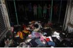 Cháy chợ ở Quảng Nam, dân nháo nhào sơ tán đồ trong đêm
