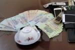 Công an vây bắt đánh bạc, bí thư phường nhảy lầu bỏ trốn: Khởi tố 4 bị can
