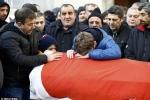 Thổ Nhĩ Kỳ đưa tang nạn nhân vụ xả súng đầu năm mới