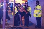 Video, ảnh: Nổ lớn ở nhà thi đấu Anh, nhiều người thương vong