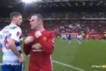 Rooney ngượng chín mặt khi bị từ chối đổi áo