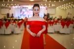 Nữ hoàng Kim Chi rạng ngời trong đêm tiệc tri ân cuộc thi Hoa hậu Asean 2017