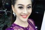Lâm Chi Khanh mặc xuyên thấu lộ nội y đi cúng Tổ nghề