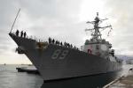 Tàu khu trục Mỹ đến cảng Cam Ranh