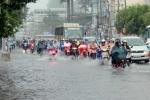 Miền Bắc mưa dông trên diện rộng, nguy cơ ngập lụt