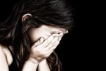 Bé gái 14 tuổi tố bị gã hàng xóm cưỡng bức nhiều lần