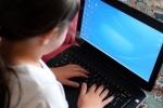 Điều gì xảy ra khi trẻ em 'online' 20 tiếng mỗi tuần?