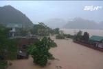 Quảng Bình: Nước sông tiếp tục dâng cao, hàng ngàn ngôi nhà bị nhấn chìm