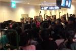 Hàng chục du khách Trung Quốc ẩu đả với nhân viên an ninh, làm loạn sân bay Nhật Bản