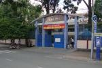 Trường THPT bị 'tố' ép học sinh mua bộ sách Tiếng Anh khác thay thế sách Tiếng Anh giáo khoa