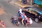 Clip: Những màn cướp giật trên phố manh động, ngang nhiên