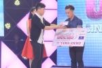 Trấn Thành rút 5 triệu đồng tiền túi tặng 2 chàng trai hát vì trẻ em bị ung thư