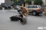 CSGT ra quân xử phạt, người vi phạm nháo nhào 'tháo chạy'
