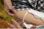 Học sinh gãy đôi xương đùi khi chơi trong sân trường: Hiệu trưởng chưa bị điều chuyển