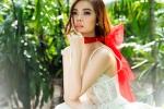 Giang Hồng Ngọc váy ren mỏng manh khoe vẻ gợi cảm
