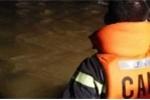 Xe khách bị nước cuốn trôi: Báo đưa sai hay Công an huyện 'nhận vơ' cứu nạn?