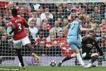 Kevin De Bruyne sút tung lưới Man Utd