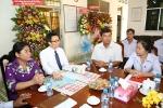 Phó Thủ tướng Vũ Đức Đam chúc mừng người làm báo bằng tiếng Khmer ở Trà Vinh