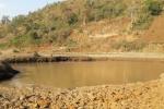 Lẻn ra hồ bắt cá, bé trai 8 tuổi chết đuối thương tâm