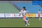 Video: Xuân Trường bị chơi xấu, lỡ cơ hội ghi điểm trong lần đầu đá chính cho Gangwon