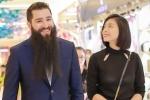 Rộ tin đồn yêu Ngô Thanh Vân, đạo diễn 'Kong: Skull Island' lần đầu lên tiếng