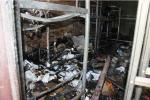 Ký túc xá bốc cháy sau tiếng nổ, sinh viên hoảng loạn tháo chạy