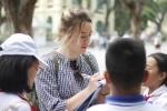 Cô giáo Anh quốc xinh đẹp được học trò Việt ngưỡng mộ