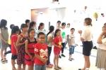 Học sinh Quảng Ninh thích thú trải nghiệm môi trường tiếng Anh 100% giáo viên bản ngữ