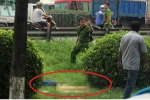 Cô gái trẻ chết bí ẩn trên bãi cỏ ven quốc lộ ở Bình Dương