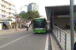 Ảnh, video: 3 xe biển xanh 'hộ tống' xe buýt nhanh nghìn tỷ lần đầu xuống phố