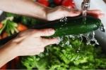 Cách rửa rau củ để loại bỏ thuốc trừ sâu, bà nội trợ nào cũng phải biết