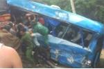 Xe khách lao xuống vực sau tai nạn liên hoàn, 6 người thương vong