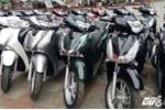 Mua xe máy đầu năm Đinh Dậu: Khách tha hồ chọn xe Honda giảm giá