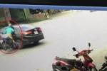 Ô tô quay đầu ẩu, một phụ nữ gặp nạn