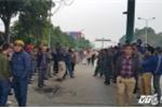 Dân đưa ô tô chặn cầu Bến Thủy 1: Phó Thủ tướng yêu cầu làm rõ lợi ích nhóm
