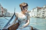 Ngọc Loan The Face mặc dạ hội lấp lánh, thả dáng gợi cảm ở Ý