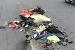 Xe ben tông xe máy nát vụn ở TP.HCM