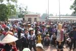 Hơn 300 người dân vây trụ sở xã sau cuộc họp đền bù sự cố môi trường biển