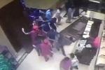 Video: Hãi hùng hàng trăm người phá tan cửa khách sạn để tranh mua nhà ở Trung Quốc