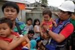 Biệt đội cảm tử toàn sinh viên, công chức sẵn sàng liều mạng cứu người ở Philippines