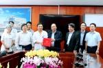 Thủ tướng Chính phủ Nguyễn Xuân Phúc thăm và làm việc tại Bệnh viện Đa khoa tỉnh Phú Thọ