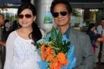Chế Linh cùng vợ về Việt Nam chuẩn bị cho liveshow tại Hà Nội