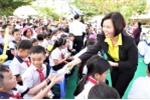 Quỹ Sữa vươn cao Việt Nam trao 46.500 ly sữa cho trẻ em Quảng Nam