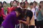 Xôn xao clip nữ sinh Hải Dương lột áo đánh nhau giữa ban ngày