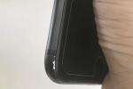 iPhone 7 Plus màu đen nhám tại Việt Nam cũng bị bong tróc sơn