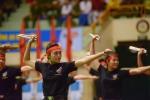 Video: Nữ chiến sĩ cảnh sát cơ động múa côn nhị khúc vun vút