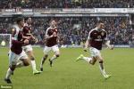 Cựu tiền vệ MU ghi bàn, Burnley cầm hòa Chelsea