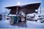Tới thăm ngôi làng siêu lạnh, người chết cần 3 ngày để đào mộ chôn