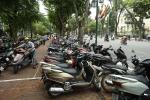 Vi phạm nội quy phố đi bộ hồ Hoàn Kiếm, gần 50 trường hợp bị xử phạt