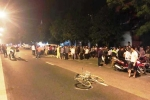 Tông vào xe đạp, nam thanh niên đi xe SH chết tại chỗ